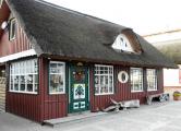 Schilffrohrhaus an der Seepromenade